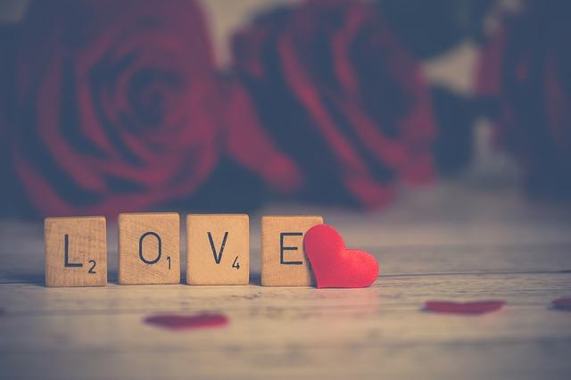 láska z kostiček.jpg