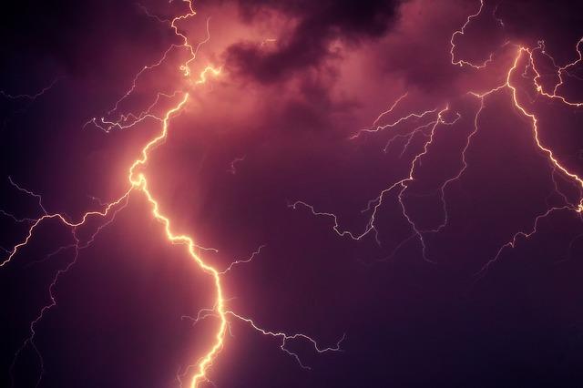 blesky při bouři.jpg