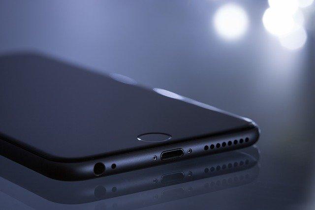 zadní strana iPhone 11 Pro